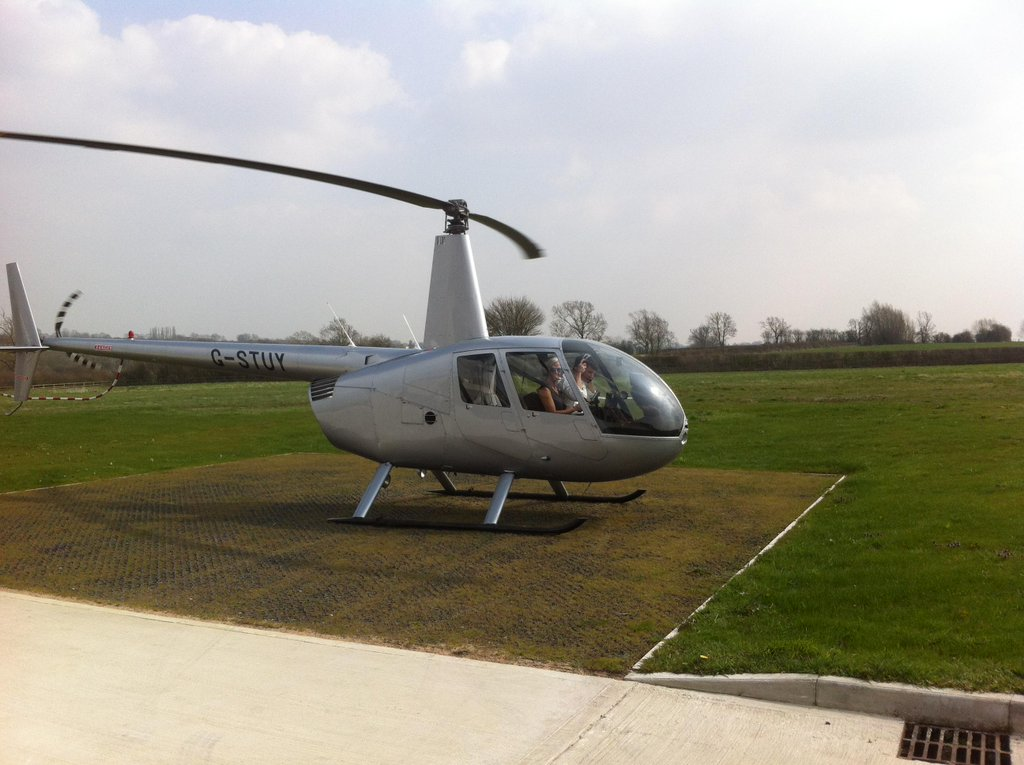 r44 introductory helicopter pilot experience